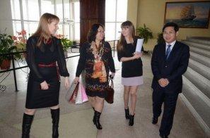 посетили Дальневосточный